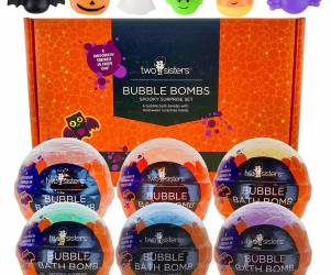 Bath Bombs with Squishy Toys Inside
