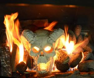 Fireproof Demon Skull Gas Log