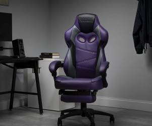 Fortnite Raven-Themed Gaming Chair