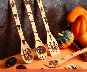 Spooky Spoon Set